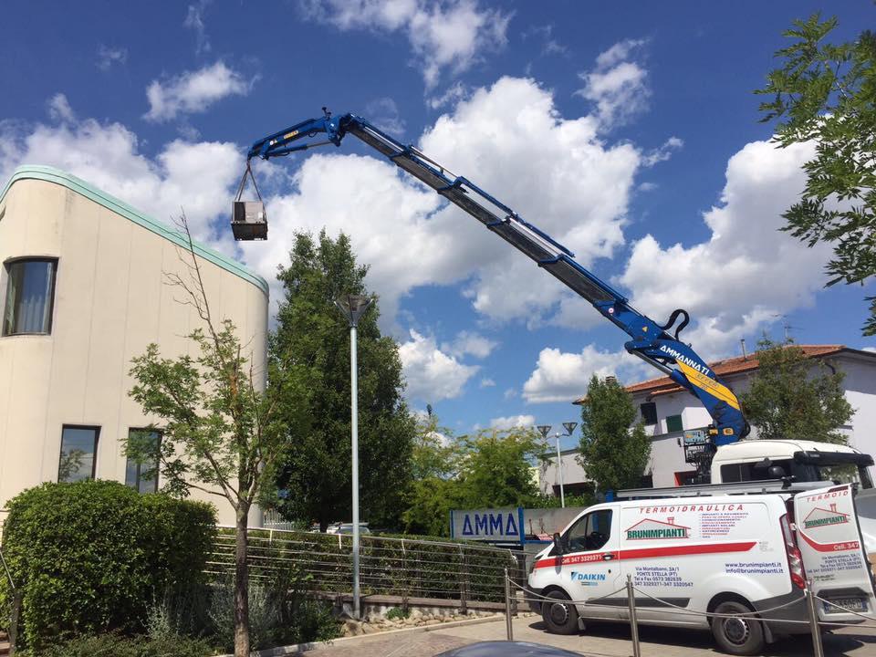 Brunimpianti Pistoia - Installazione Pompe di Calore per Impianti Condizionamento Aria Grandi Ambienti